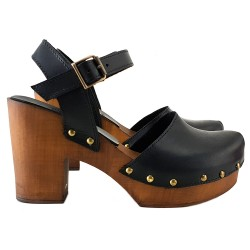 BLACK LEATHER CLOGS HAND IN ITALY