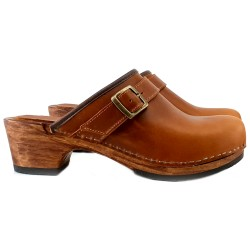 BROWN LEATHER CLOGS OPEN