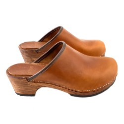 BROWN LEATHER CLOGS SIMPLE OPEN