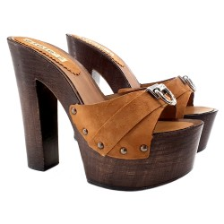 BROWN CLOGS LEATHER HEEL