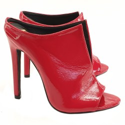 RED PATENT LEATHER SANDAL