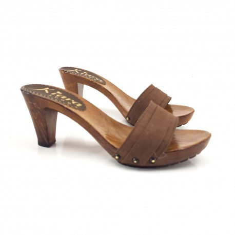 BROWN CLOGS HEEL 8