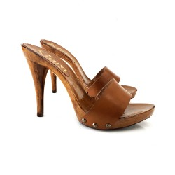 BROWN LEATHER HEEL CLOG 12