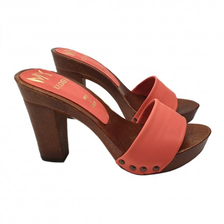 CORAL COLORED CLOGS WITH COMFY HEEL