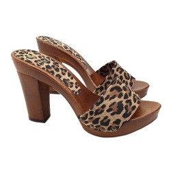 LEOPARD LEATHER CLOGS WITH COMFY HEEL