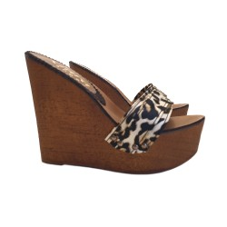 WOMEN'S LEOPARD CLOG WEDGE