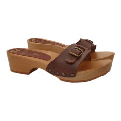BROWN LEATHER SWEDISH CLOGS IN WOOD