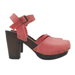 FUCSIA CLOGS WITH ANKLE STRAP AND COMFY HEEL 9