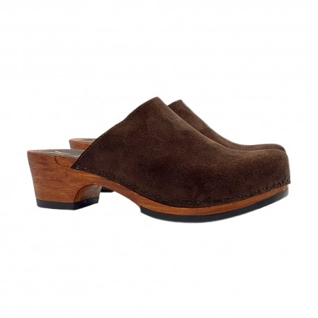 SWEDISH CLOGS IN BROWN SUEDE