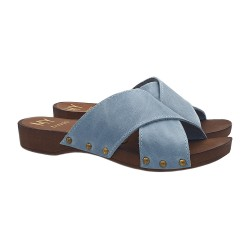 FLAT SLIPPERS IN LEATHER LIGHT BLUE