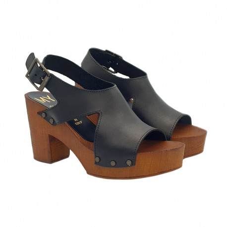 CLOGS BLACK IN LEATHER AND COMFY HEEL 9
