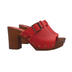 RED CLOGS IN LEATHER WITH BOUCLE