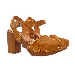 CLOGS BROWN WITH ANKLE STRAP HEEL 9